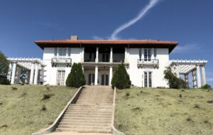 525 Corto Way - Kohlberg Residence Fisher Home